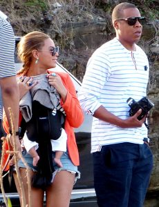 Beyonce Wears Short-Shorts, Takes Blue Ivy on Yacht for Vacation - Us Weekly
