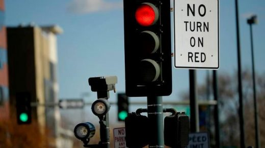 Aurora citizens vote to get rid of red light cameras in the city