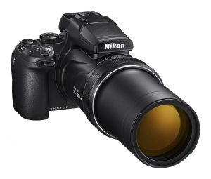Earlier today Nikon announced their newest superzoom camera, the COOLPIX  P1000. The camera is an absolute monster with an astoun… | Digitale camera,  Nikon, Zoomlens