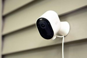 Best Battery-Powered Security Cameras 2020: Arlo, Blink, Ring - Rolling  Stone
