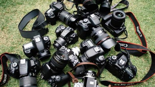 10 Best Cameras for Bloggers (From a Full-Time Blogger!) - LivingOutLau