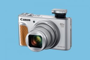 The New Canon Compact 4K Camera Is Looking To Take On Smartphone  Photography | Light Stalking