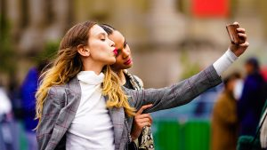How to Pose for Pictures: Tips From Models & Influencers | StyleCaster