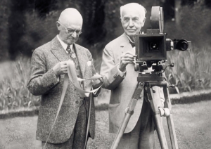 The History of the Movie Camera in Four Minutes: From the Lumiere Brothers  to Google Glass | Open Culture
