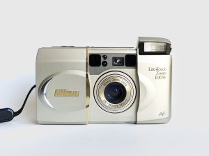 Nikon lite touch zoom 100w – Film out of the blue