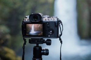 The Best Digital Cameras for 2020 | Mirrorless, DSLR, or Compact