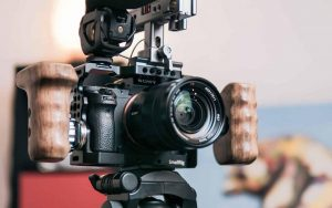 What Cameras Do YouTubers Use to Vlog In 2021?