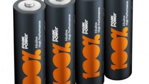 Using the double A battery to get through the day • Gemaplus