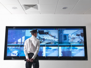CCTV vs Security Guards: Which One Is Better? – Mashcrunchh