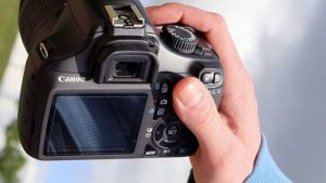 4 Ways to Transfer Photos from Camera to Computer without USB Port