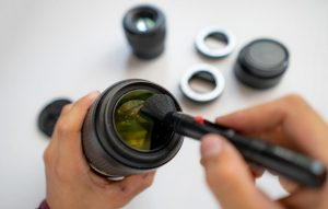 How to keep your camera lenses clean ~ How to
