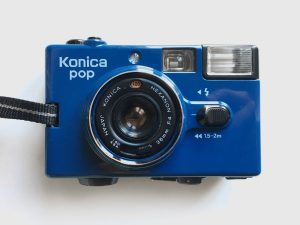 Konica Pop – Film out of the blue