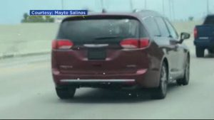 Driver Uses Device To Cover License Place While Going Through Toll – CBS  Miami