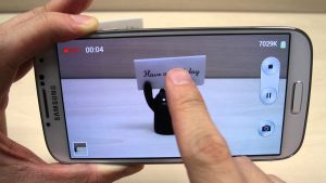 How to use the camera or camcorder on Samsung Galaxy S4 GT-I9500 / GT-I9505  - YouTube