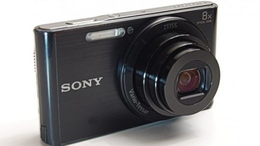 In what year was the world's first digital camera invented?   QuizGriz
