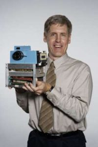 The First Digital Camera Was Invented In 1975 – 7dayshop Blog