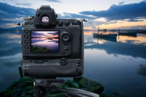Keep Your Camera Charged At All Times With a Battery Grip | SPY
