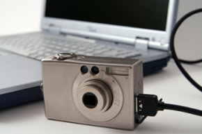 How do you upload photos to a computer?   HowStuffWorks