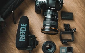What Camera Do YouTubers Use   Camera Review