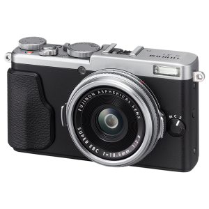 Fujifilm X70 puts 28mm equivalent F2.8 lens into compact X100-style body:  Digital Photography Review