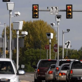 Red light cameras on the way for two more Fort Collins intersections –  Greeley Tribune