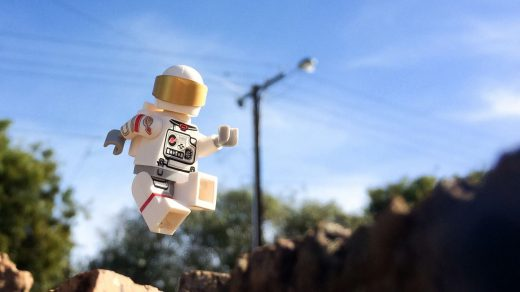 How to Create Flying LEGO Photos on Your Smartphone – Brick Pixels by Ben  Teoh
