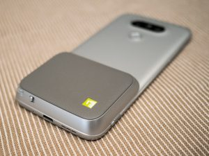 Give the LG G5 physical camera controls with the LG CAM Plus module |  Android Central