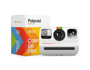 Look at this tiny new Polaroid camera can you believe it - TECHNOBABBLE