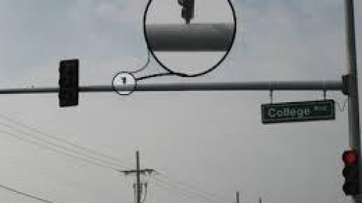 How to tell if a traffic light has a camera - Quora