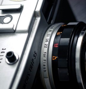 What Do the Numbers on Your Camera Lens Mean? - The Digital Journo