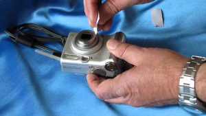 """I dropped my camera and the lens is stuck"""": Solutions - Ideas by Mr Right"""